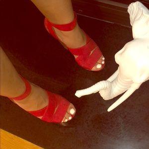 Red Platform heels 👠 💄💋